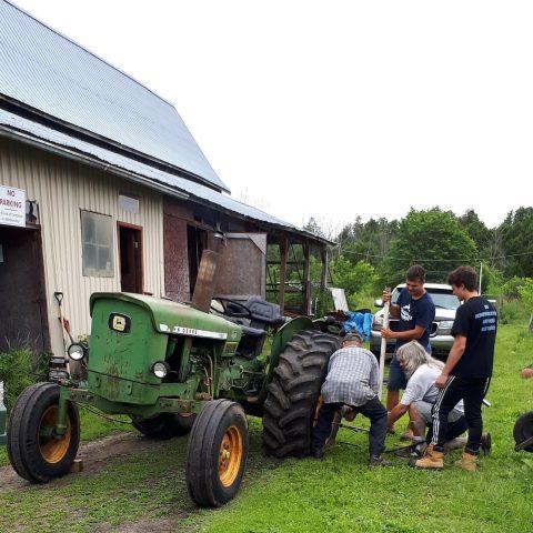 JD Tractor repair
